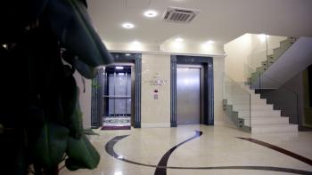 Semitronix Lift 9.jpg